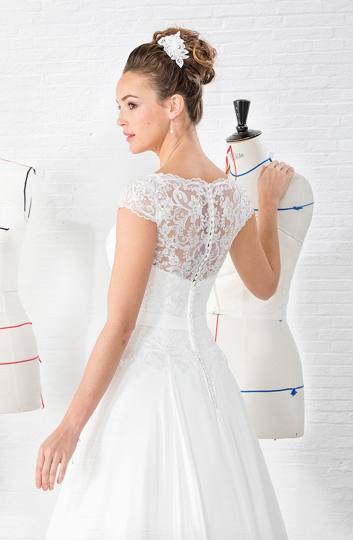 Erfreut Mutter Der Braut Kleider Mieten Ideen - Brautkleider Ideen ...