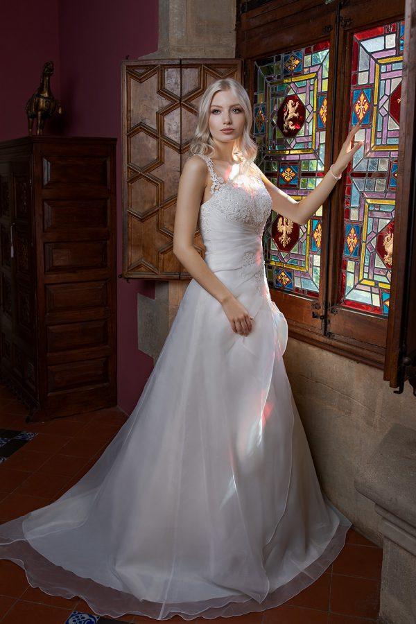 Brautkleid Ivory Amanda B1981 1 Guenstiges Hochzeitskleid 2019 Bei Avorio Vestito Eiche Berlin