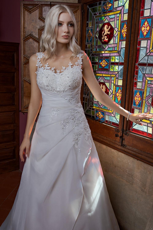 Brautkleid Ivory Amanda B1981 2 Guenstiges Hochzeitskleid 2019 Bei Avorio Vestito Eiche Berlin