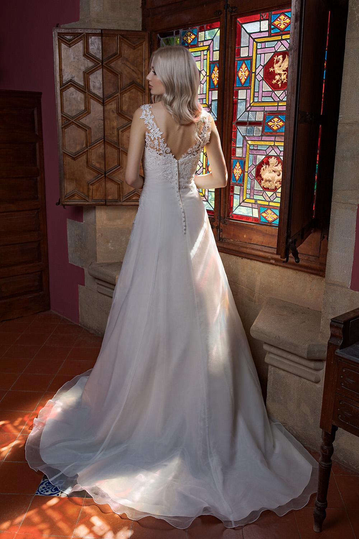 Brautkleid Ivory Amanda B1981 3 Guenstiges Hochzeitskleid 2019 Bei Avorio Vestito Eiche Berlin