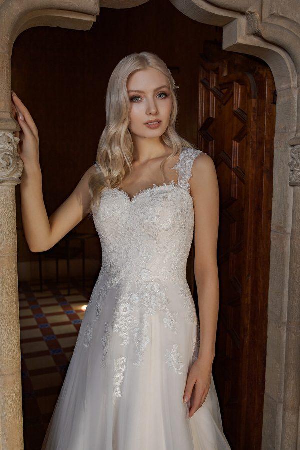 Brautkleid Ivory Aurora B1955 2 Guenstiges Hochzeitskleid 2019 Bei Avorio Vestito Eiche Berlin