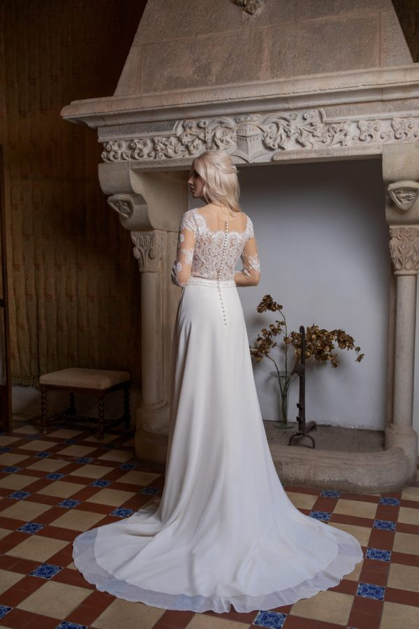 Brautkleid Ivory Kiana B1962 3 Guenstiges Hochzeitskleid 2019 Bei Avorio Vestito Eiche Berlin
