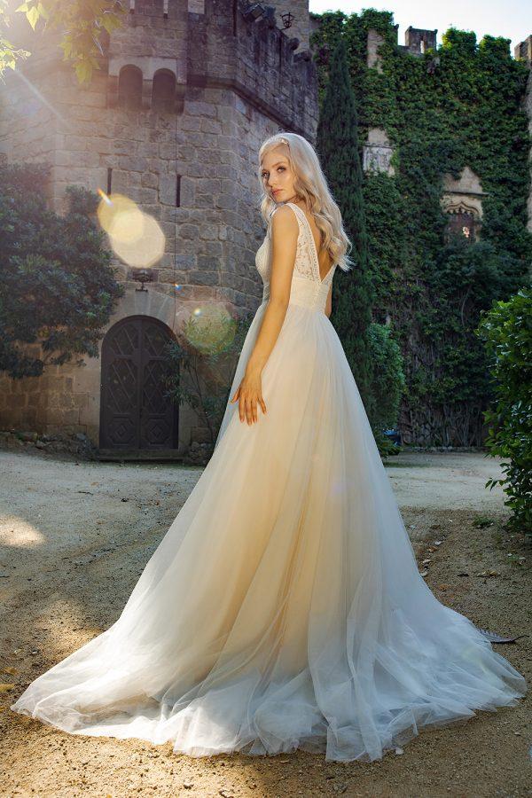 Brautkleid Ivory Lenia B1957 3 Guenstiges Hochzeitskleid 2019 Bei Avorio Vestito Eiche Berlin
