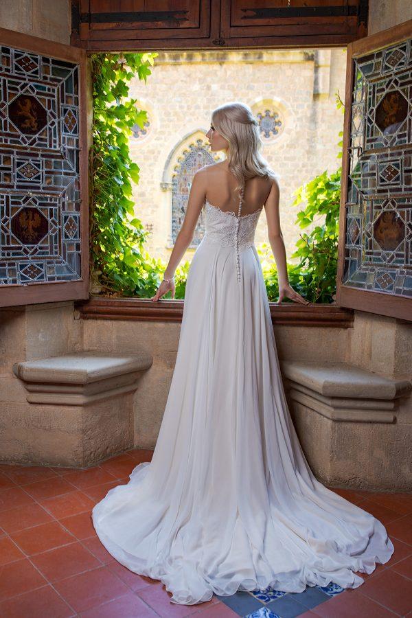 Brautkleid Ivory Octavia B1961 3 Guenstiges Hochzeitskleid 2019 Bei Avorio Vestito Eiche Berlin