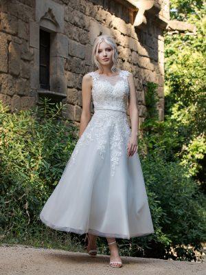 Brautkleid Ivory Rafaela B1954 1 Guenstiges Hochzeitskleid 2019 Bei Avorio Vestito Eiche Berlin