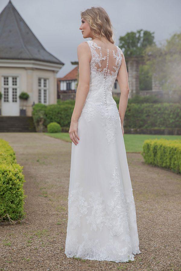 Amera Vera Kollektion 2020 Ivory Brautkleid Abelia B2018 1 Bei Avorio Vestito BrideStore And More Brautmode In Berlin Eiche