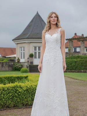 Amera Vera Kollektion 2020 Ivory Brautkleid Abelia B2018 2 Bei Avorio Vestito BrideStore And More Brautmode In Berlin Eiche