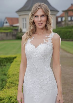 Amera Vera Kollektion 2020 Ivory Brautkleid Abelia B2018 3 Bei Avorio Vestito BrideStore And More Brautmode In Berlin Eiche