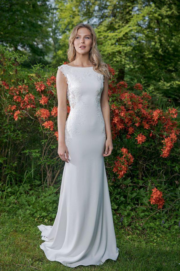 Amera Vera Kollektion 2020 Ivory Brautkleid Adina B2041 4 Bei Avorio Vestito BrideStore And More Brautmode In Berlin Eiche