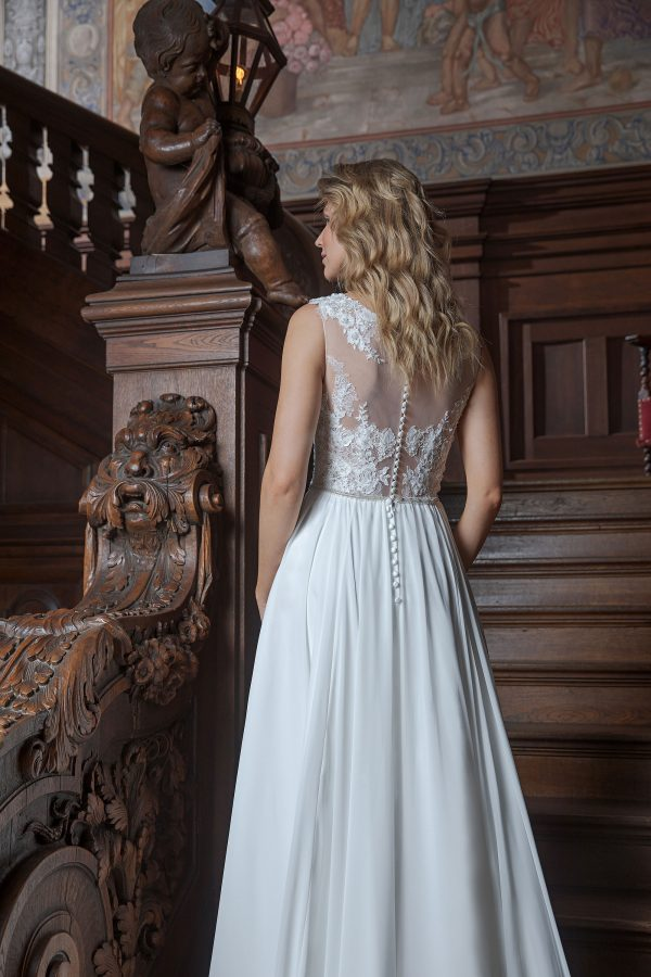 Amera Vera Kollektion 2020 Ivory Brautkleid Adrijana B2025 3 Bei Avorio Vestito BrideStore And More Brautmode In Berlin Eiche