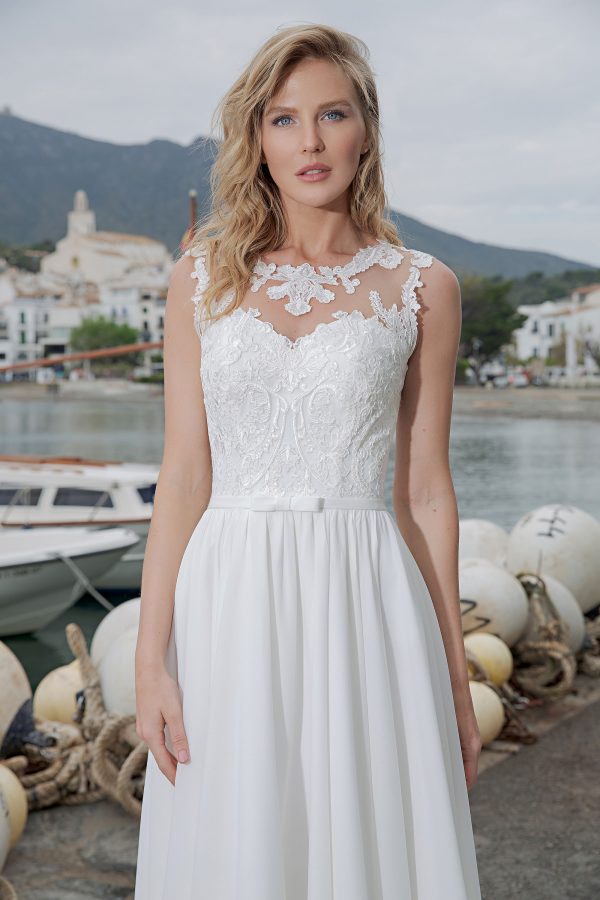 Amera Vera Kollektion 2020 Ivory Brautkleid Aleha B2017 3 Bei Avorio Vestito BrideStore And More Brautmode In Berlin Eiche