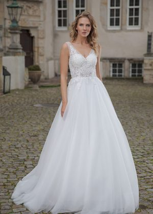 Amera Vera Kollektion 2020 Ivory Brautkleid Alexia B2002 2 Bei Avorio Vestito BrideStore And More Brautmode In Berlin Eiche