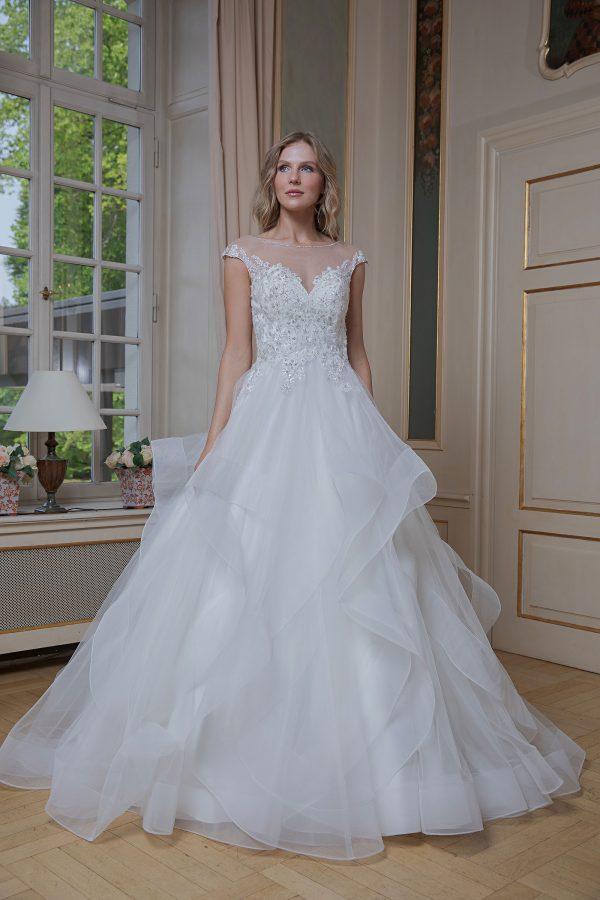 Amera Vera Kollektion 2020 Ivory Brautkleid Almira B2012 7 Bei Avorio Vestito BrideStore And More Brautmode In Berlin Eiche
