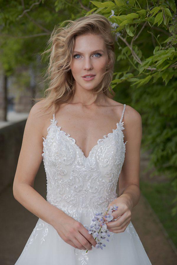 Amera Vera Kollektion 2020 Ivory Brautkleid Almonda B2013 4 Bei Avorio Vestito BrideStore And More Brautmode In Berlin Eiche