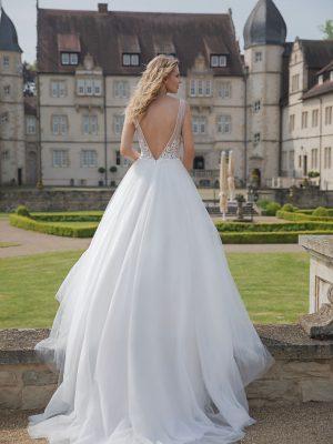 Amera Vera Kollektion 2020 Ivory Brautkleid Anica B2022 4 Bei Avorio Vestito BrideStore And More Brautmode In Berlin Eiche