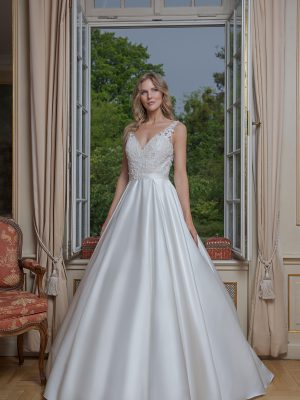 Amera Vera Kollektion 2020 Ivory Brautkleid Anniara B2019 2 Bei Avorio Vestito BrideStore And More Brautmode In Berlin Eiche