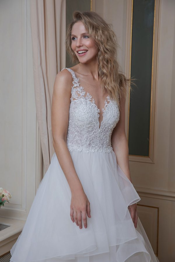 Amera Vera Kollektion 2020 Ivory Brautkleid Arianna B2006 2 Bei Avorio Vestito BrideStore And More Brautmode In Berlin Eiche