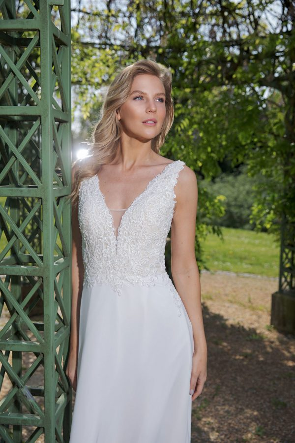 Amera Vera Kollektion 2020 Ivory Brautkleid Avena B2023 3 Bei Avorio Vestito BrideStore And More Brautmode In Berlin Eiche