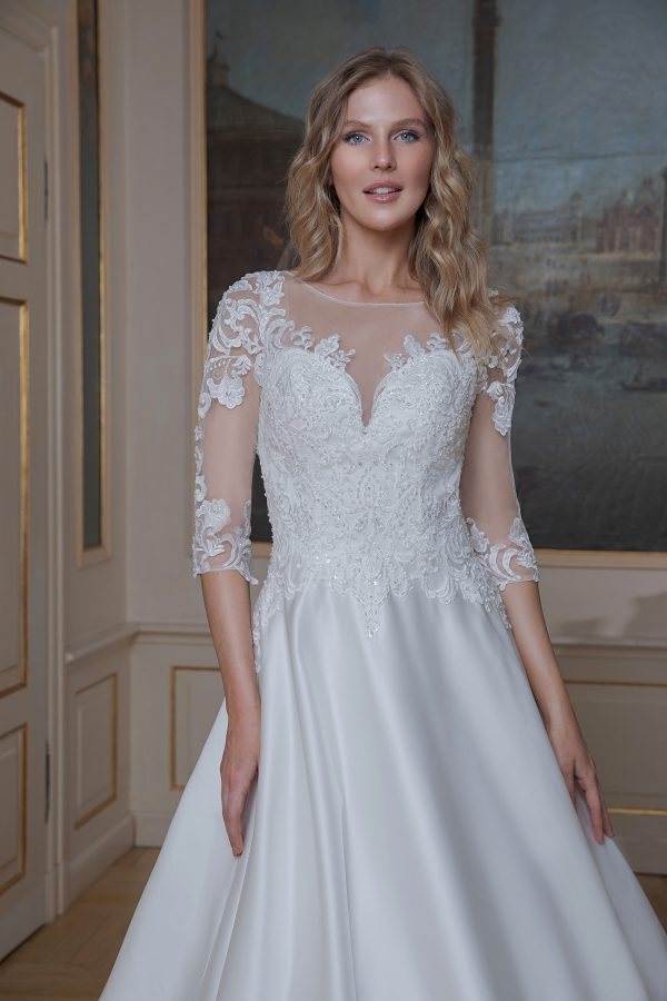 Amera Vera Kollektion 2020 Ivory Brautkleid Azura B2021 3 Bei Avorio Vestito BrideStore And More Brautmode In Berlin Eiche
