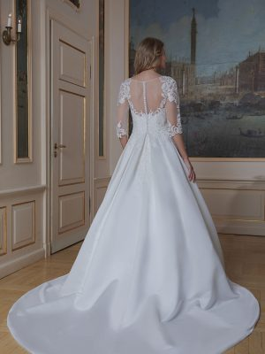 Amera Vera Kollektion 2020 Ivory Brautkleid Azura B2021 4 Bei Avorio Vestito BrideStore And More Brautmode In Berlin Eiche