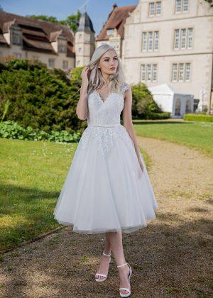 Kurze Brautkleider bei Avorio Vestito Berlin