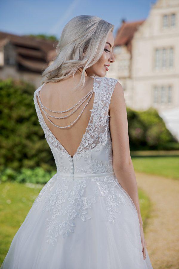 AnnAngelex Kollektion 2020 Ivory Brautkleid Badria B2060 2 Avorio Vestito BrideStore And More Brautmode In Berlin Eiche