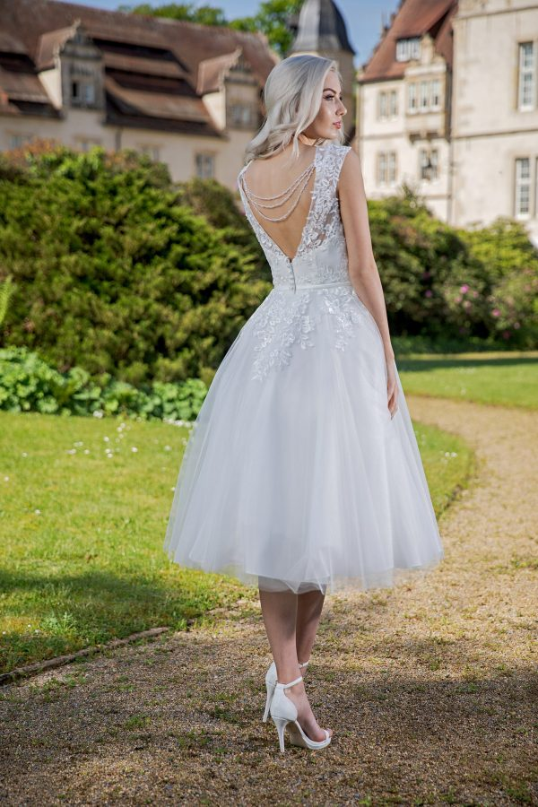 AnnAngelex Kollektion 2020 Ivory Brautkleid Badria B2060 3 Avorio Vestito BrideStore And More Brautmode In Berlin Eiche