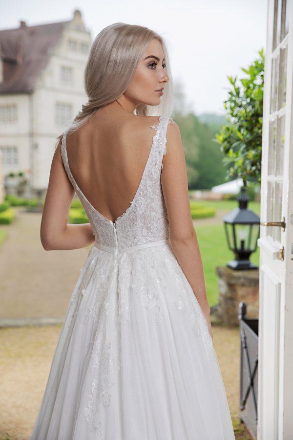 AnnAngelex Kollektion 2020 Ivory Brautkleid Bahira B2051 4 Avorio Vestito BrideStore And More Brautmode In Berlin Eiche