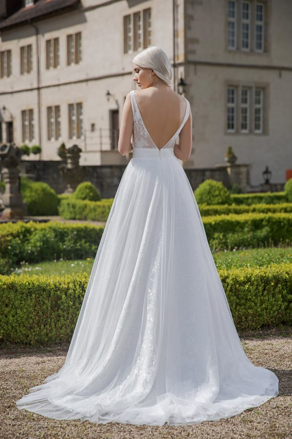 AnnAngelex Kollektion 2020 Ivory Brautkleid Belinda B2071 2 Avorio Vestito BrideStore And More Brautmode In Berlin Eiche