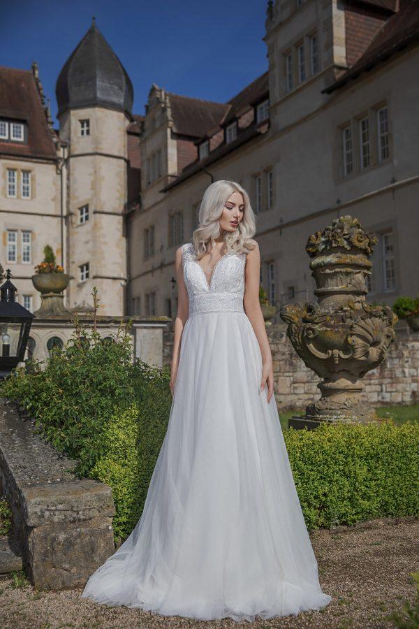 AnnAngelex Kollektion 2020 Ivory Brautkleid Bellana B2058 1 Avorio Vestito BrideStore And More Brautmode In Berlin Eiche
