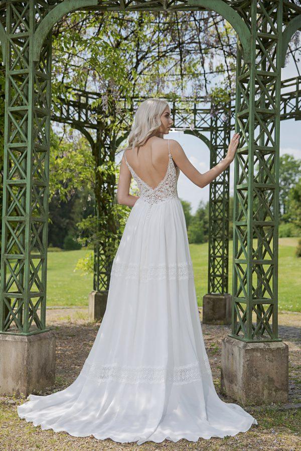 AnnAngelex Kollektion 2020 Ivory Brautkleid Berendina B2054 2 Avorio Vestito BrideStore And More Brautmode In Berlin Eiche