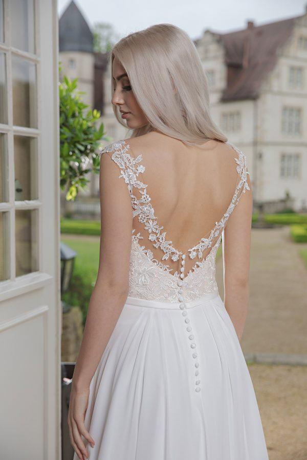 AnnAngelex Kollektion 2020 Ivory Brautkleid Bibiane B2069 1 Avorio Vestito BrideStore And More Brautmode In Berlin Eiche