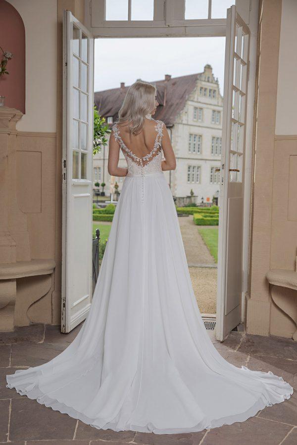 AnnAngelex Kollektion 2020 Ivory Brautkleid Bibiane B2069 4 Avorio Vestito BrideStore And More Brautmode In Berlin Eiche