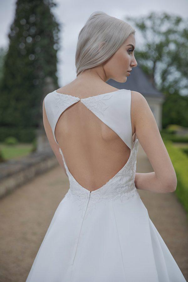 AnnAngelex Kollektion 2020 Ivory Brautkleid Blandina B2064 1 Avorio Vestito BrideStore And More Brautmode In Berlin Eiche