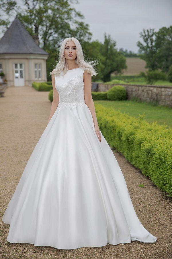AnnAngelex Kollektion 2020 Ivory Brautkleid Blandina B2064 2 Avorio Vestito BrideStore And More Brautmode In Berlin Eiche