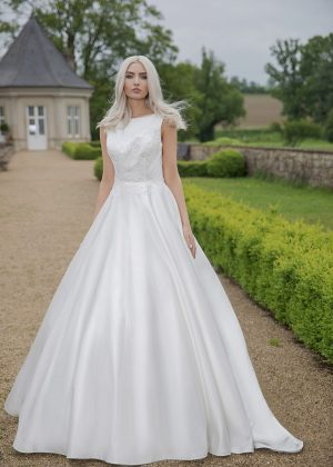 AnnAngelex Kollektion 2020 Ivory Brautkleid Blandina B2064 2 Avorio Vestito BrideStore And More Brautmode In Berlin Eiche