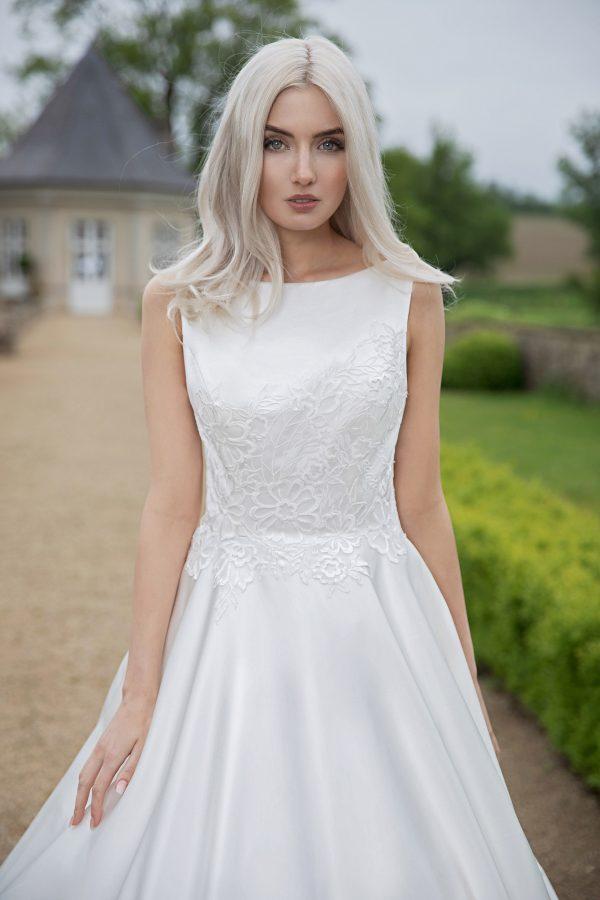 AnnAngelex Kollektion 2020 Ivory Brautkleid Blandina B2064 3 Avorio Vestito BrideStore And More Brautmode In Berlin Eiche