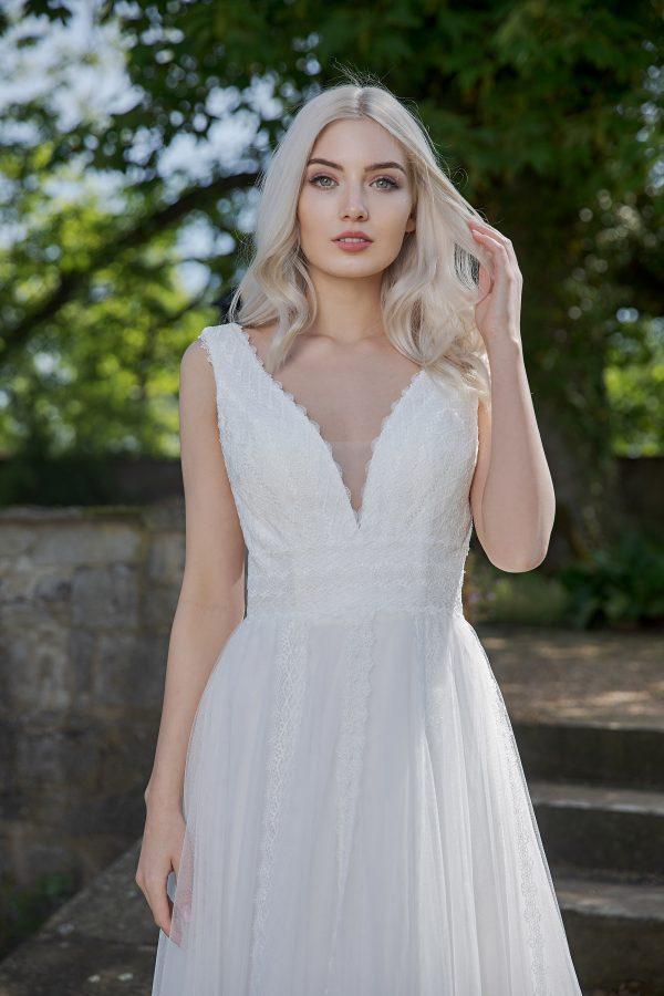 AnnAngelex Kollektion 2020 Ivory Brautkleid Brea B2055 1 Avorio Vestito BrideStore And More Brautmode In Berlin Eiche