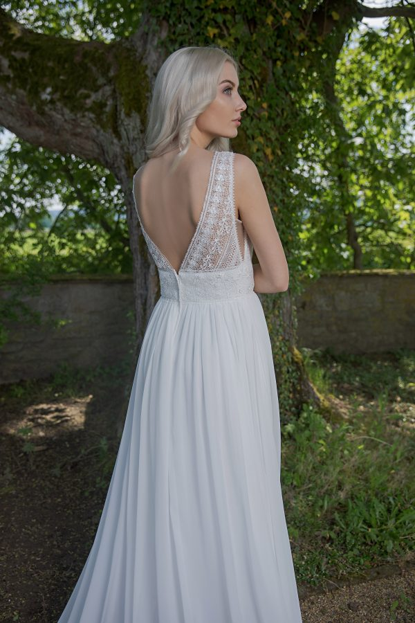 AnnAngelex Kollektion 2020 Ivory Brautkleid Briana B2056 10 Avorio Vestito BrideStore And More Brautmode In Berlin Eiche