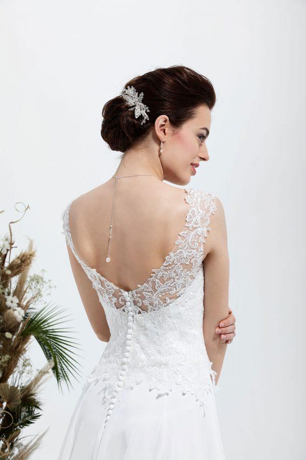 Brautmode In Berlin Eglantine 2020 Ivory Brautkleid EG C20 SACHA 5301 Bei Avorio Vestito BrideStore And More Hochzeitsmode In Berlin Eiche