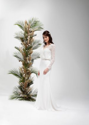 Brautmode In Berlin Eglantine 2020 Ivory Brautkleid EG C20 SAGE 4532 Bei Avorio Vestito BrideStore And More Hochzeitsmode In Berlin Eiche