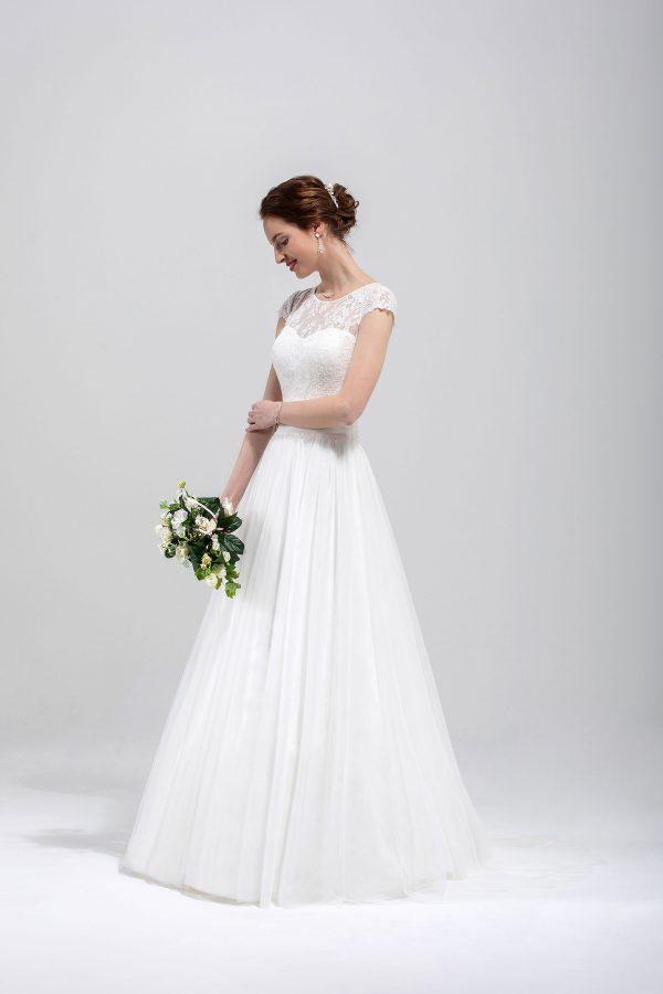 Brautmode In Berlin Eglantine 2020 Ivory Brautkleid EG C20 SAMUELLA 6348 Bei Avorio Vestito BrideStore And More Hochzeitsmode In Berlin Eiche