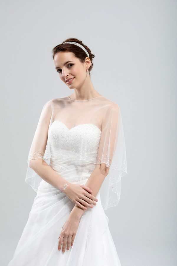 Brautmode In Berlin Eglantine 2020 Ivory Brautkleid EG C20 SATURNE 7187 Bei Avorio Vestito BrideStore And More Hochzeitsmode In Berlin Eiche
