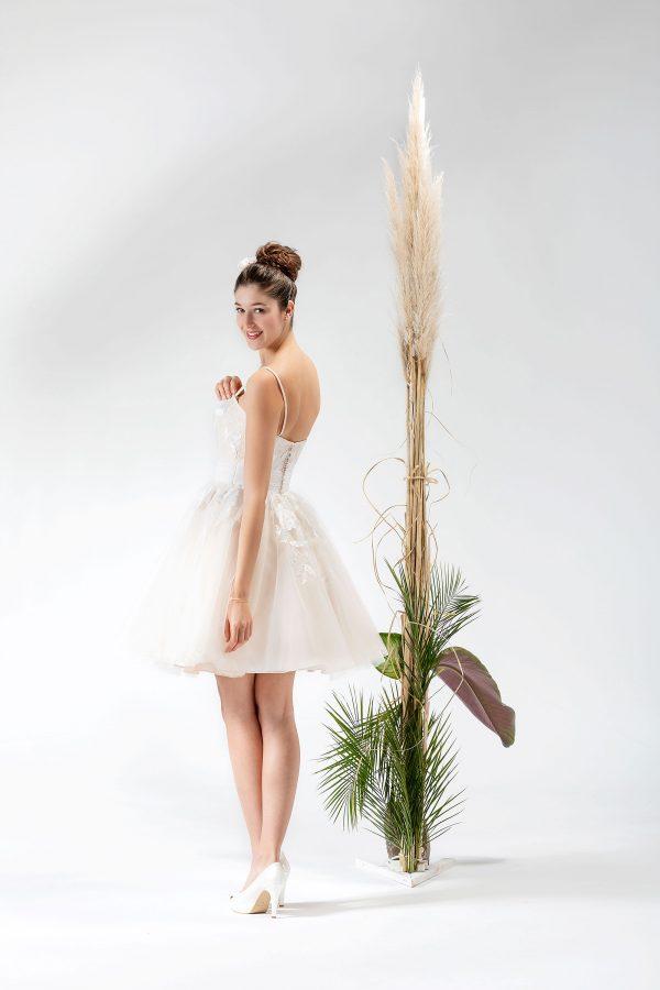 Brautmode In Berlin Eglantine 2020 Ivory Brautkleid EG C20 SENSIBLE 0761 Bei Avorio Vestito BrideStore And More Hochzeitsmode In Berlin Eiche