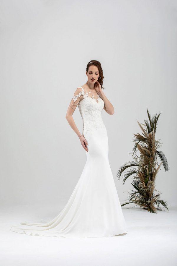 Brautmode In Berlin Eglantine 2020 Ivory Brautkleid EG C20 SENSUELLE 6476 Bei Avorio Vestito BrideStore And More Hochzeitsmode In Berlin Eiche