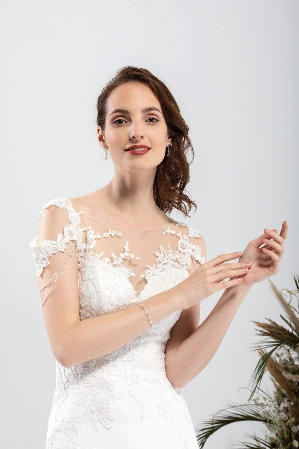 Brautmode In Berlin Eglantine 2020 Ivory Brautkleid EG C20 SENSUELLE 6507 Bei Avorio Vestito BrideStore And More Hochzeitsmode In Berlin Eiche