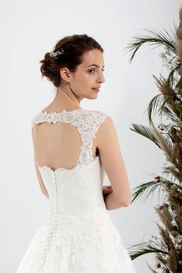 Brautmode In Berlin Eglantine 2020 Ivory Brautkleid EG C20 SERENA 6094 Bei Avorio Vestito BrideStore And More Hochzeitsmode In Berlin Eiche