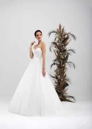 Brautmode In Berlin Eglantine 2020 Ivory Brautkleid EG C20 SHEHERAZADE 7783 Bei Avorio Vestito BrideStore And More Hochzeitsmode In Berlin Eiche