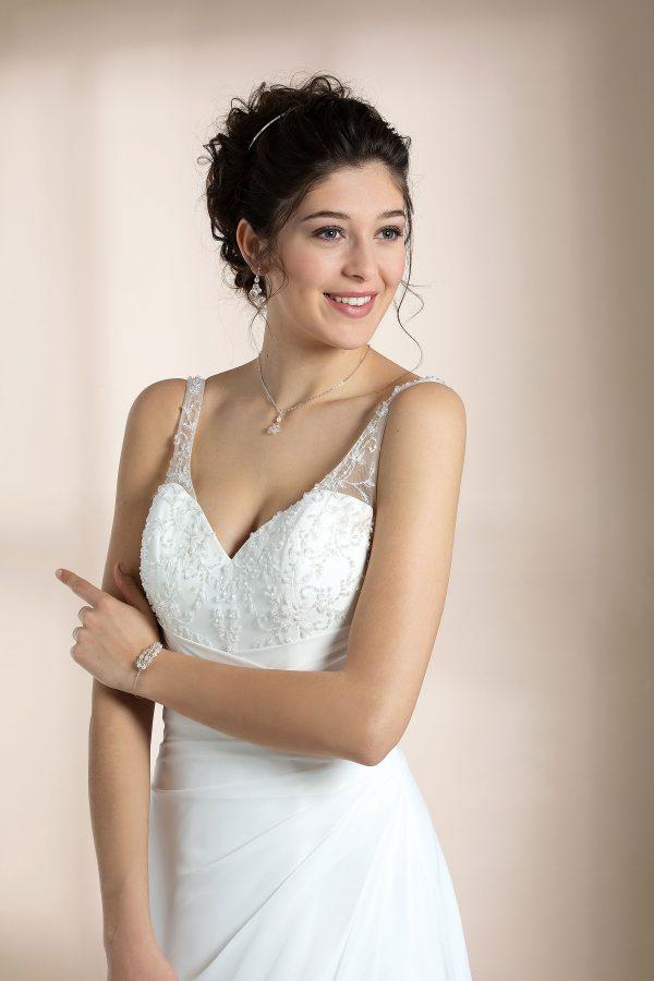 Brautmode In Berlin Eglantine 2020 Ivory Brautkleid EG C20 SHEILA 2116 Bei Avorio Vestito BrideStore And More Hochzeitsmode In Berlin Eiche