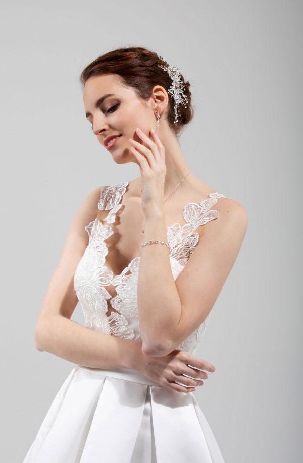 Brautmode In Berlin Eglantine 2020 Ivory Brautkleid EG C20 SISSI 7270 Bei Avorio Vestito BrideStore And More Hochzeitsmode In Berlin Eiche